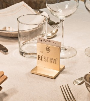 Personalised place card holder