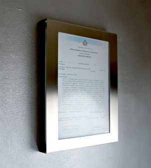 Licence holder wall mounted size A4