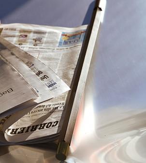 Wooden newspaper rod