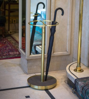 Classically styled umbrella stand design