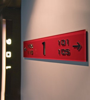 Signs with Braille in Plexiglass with text in metal