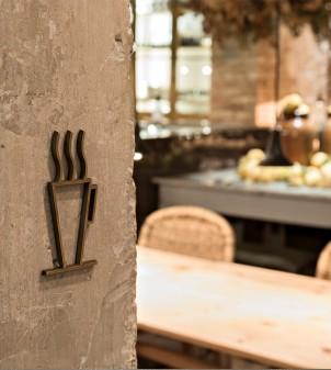 Cut symbol for indoor