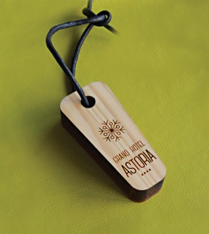 Personalised engraved wooden keyrings