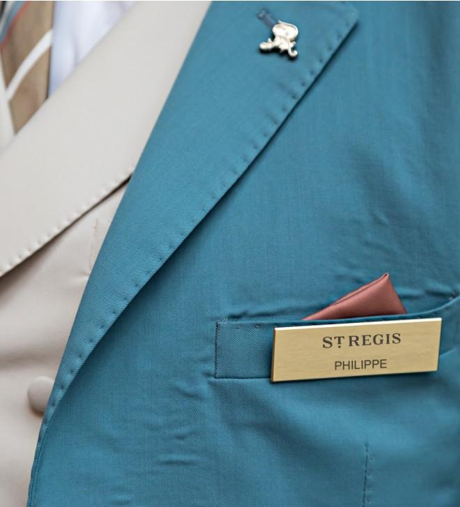Magnetic name badge