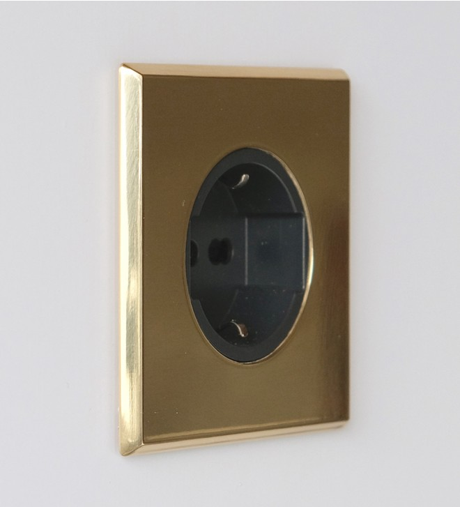 Plate with electric socket