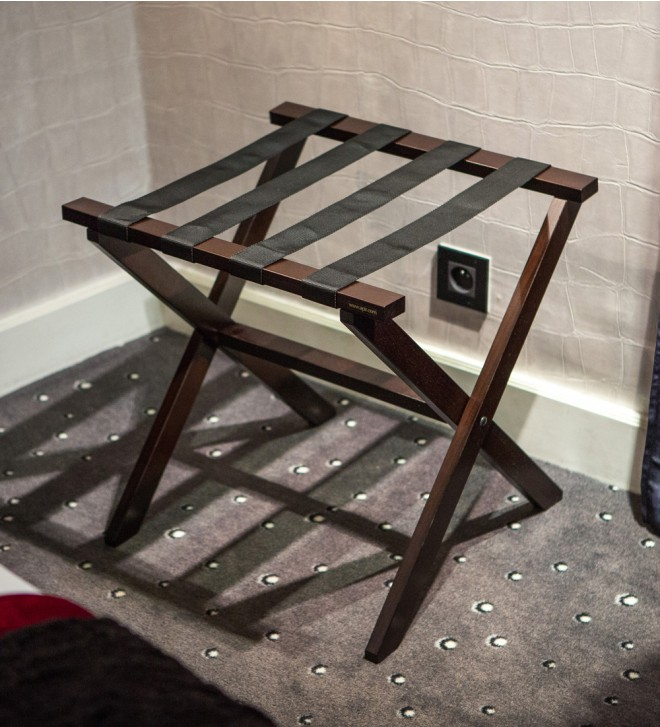 Wooden luggage rack