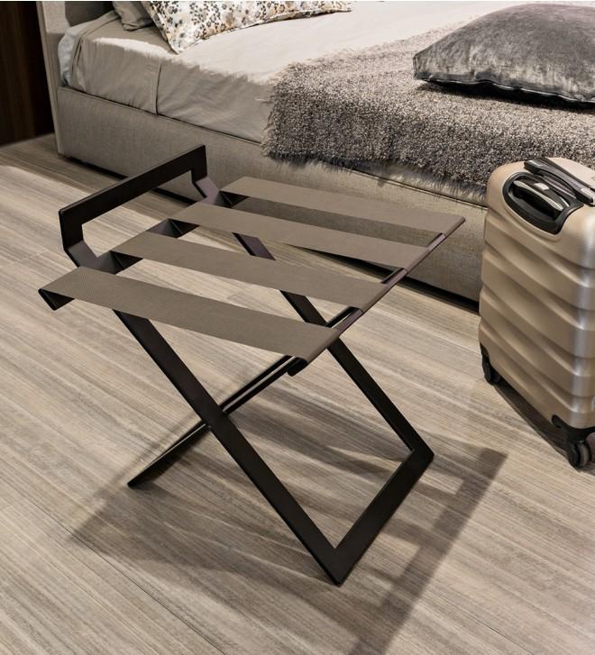 Room luggage rack