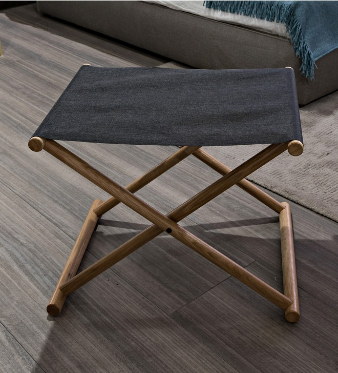 Luggage rack for guest rooms